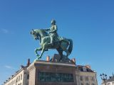 Jeanne-d-Arc-in-Orléans_CCBYSA4.0_Gustav_Sommer-at-wikimedia.commons